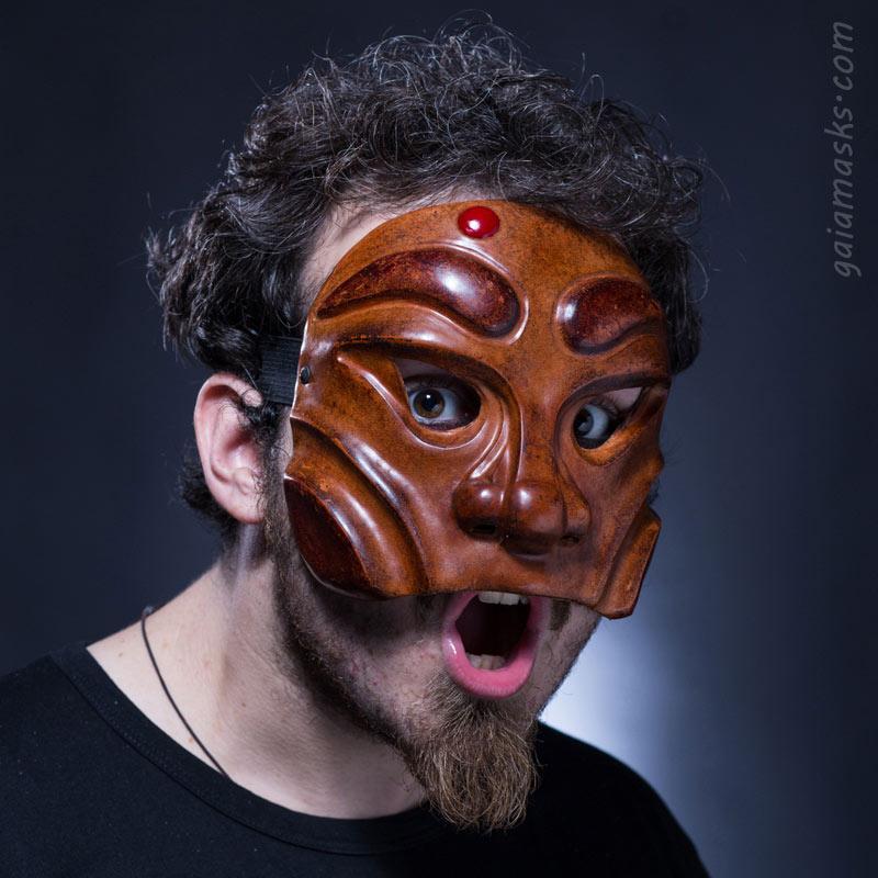 maschera in cuoio Arlecchino Gatto