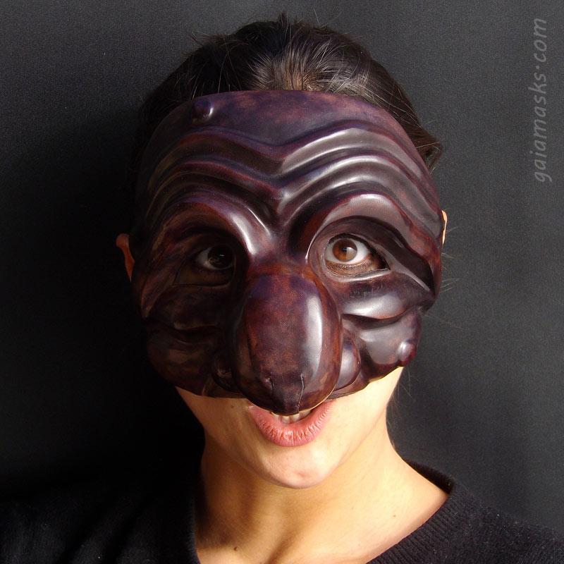 maschera in cuoio Pulcinellotta