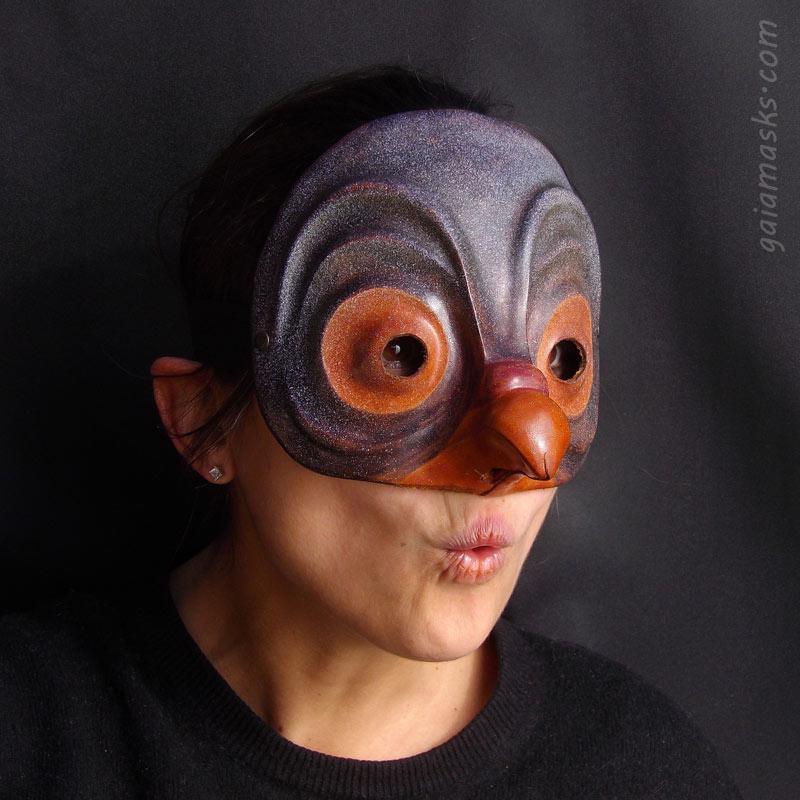 maschera in cuoio Zanni Piccione