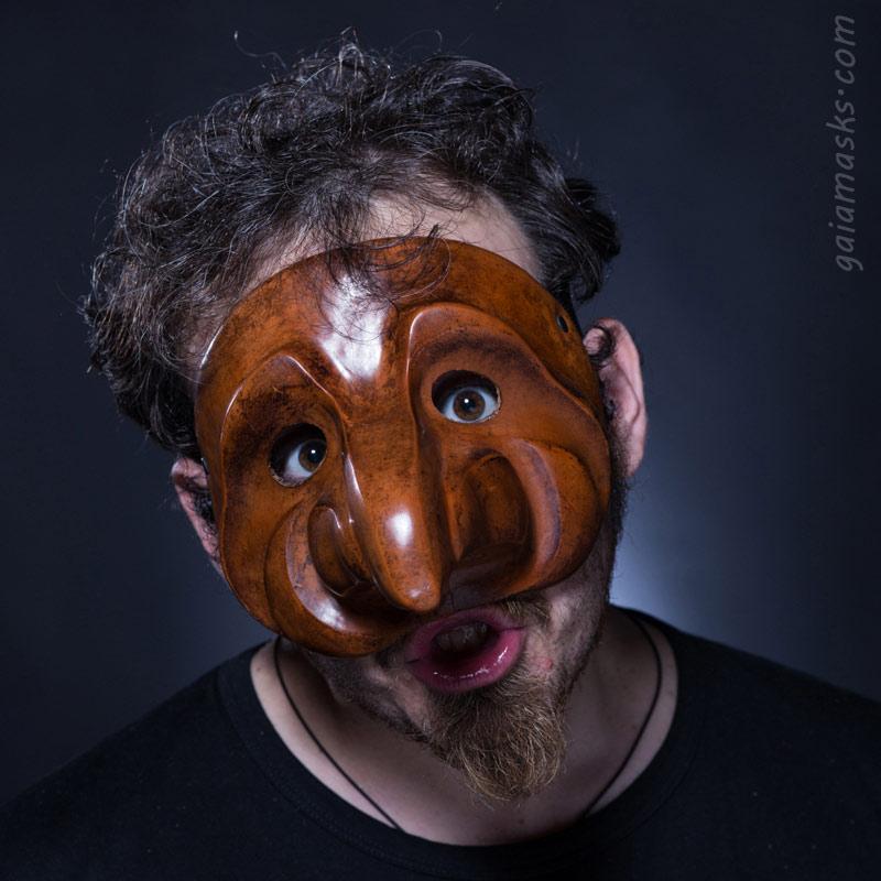 maschera in cuoio Zanni Gabbiano