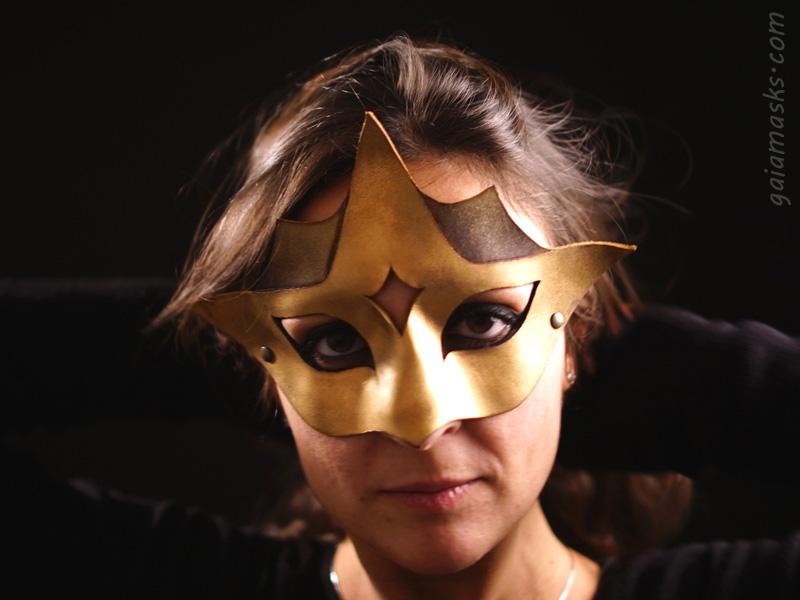Astro ball mask