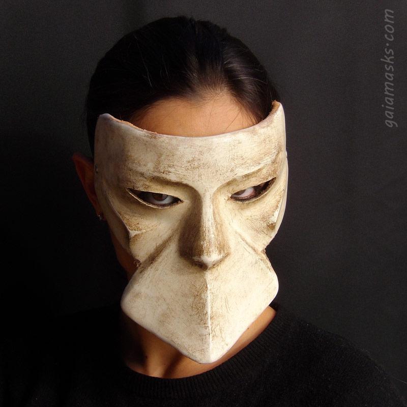 maschere veneziane tradizionali del carnevale: Bautta