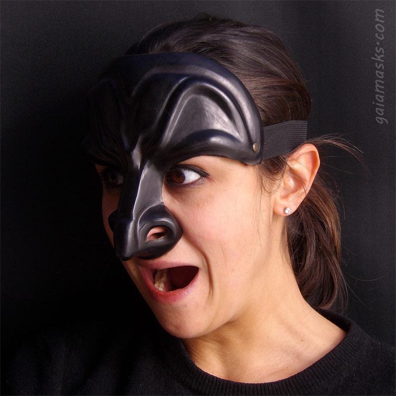 maschera in cuoio Dottore Arcigno