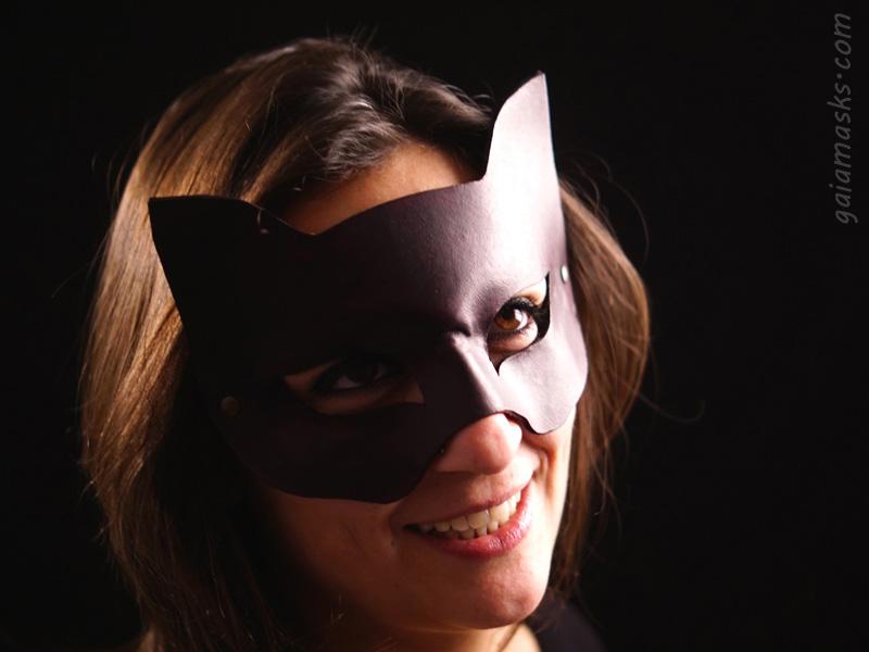 maschera di halloween gatto nero
