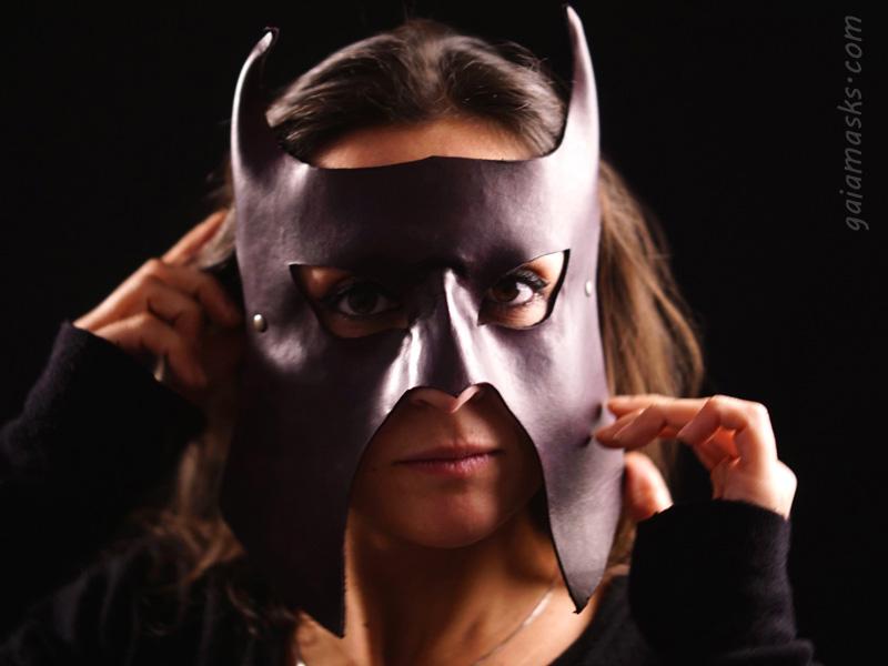 maschera guerriero cornuto
