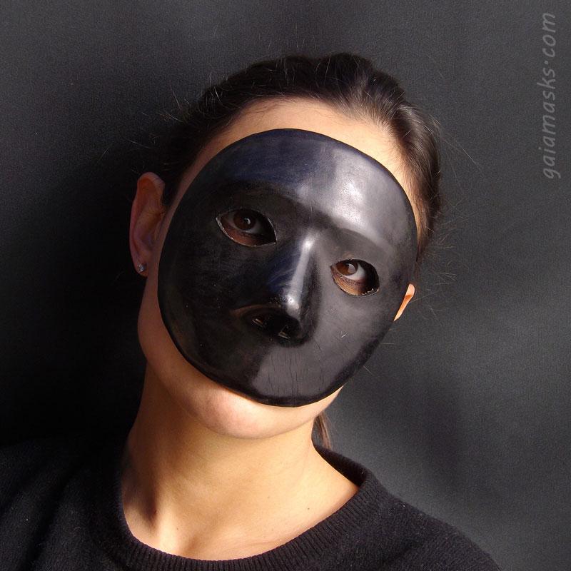 maschere veneziane tradizionali del carnevale: Moretta