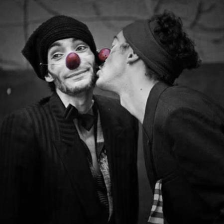 nasi clown in cuoio