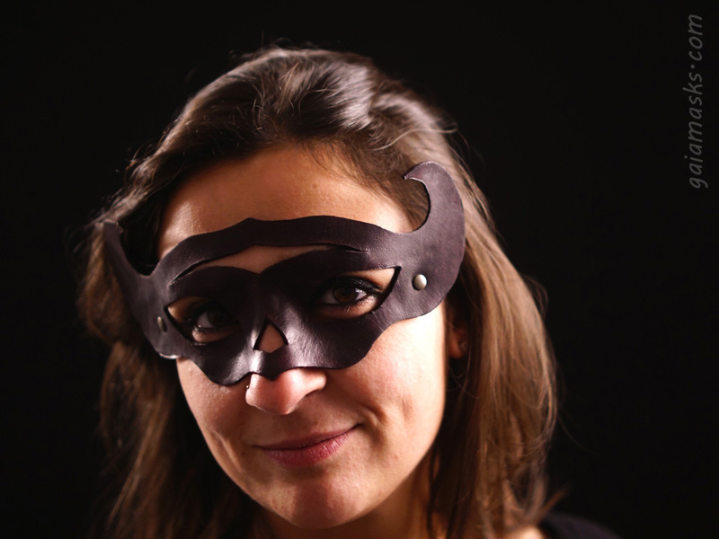 Normanna ball mask