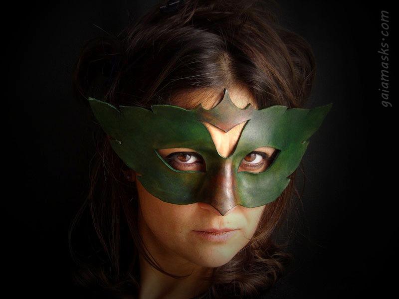 maschera in cuoio dei quattro elementi terra
