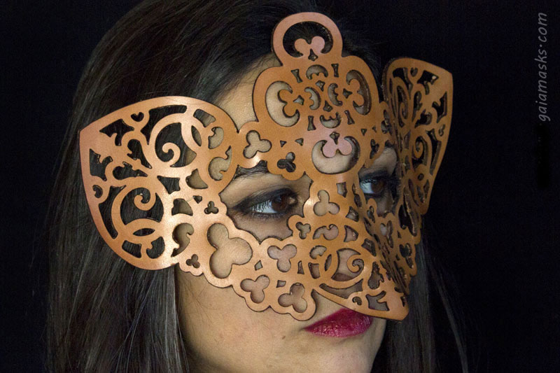 Gufo maschera in cuoio naturale