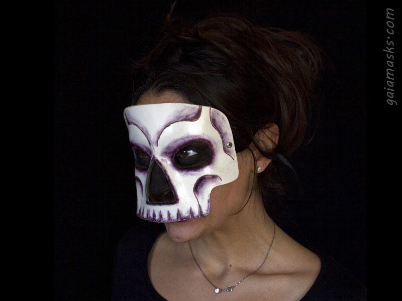 Teschio maschera bianca di Halloween