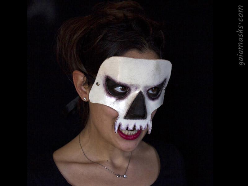 Maschera Teschio Vampiro in Cuoio