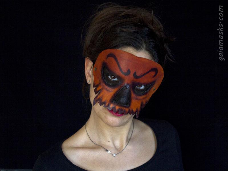 maschera in cuoio Zucca di Halloween