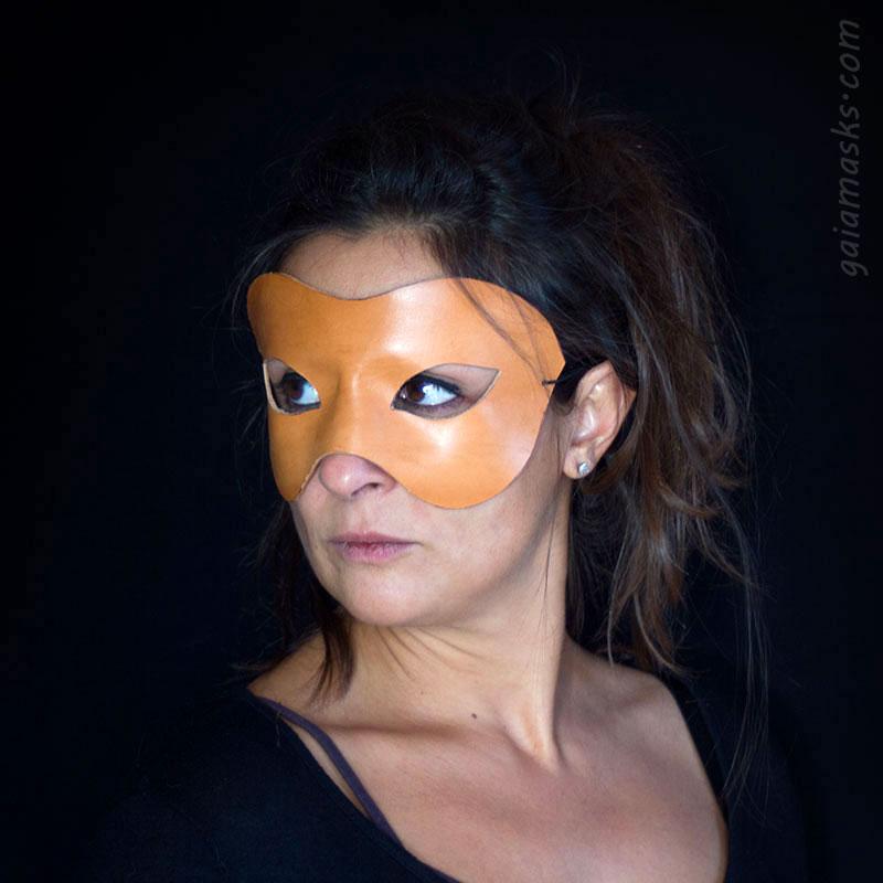maschera neutra affusolata leggera di commedia